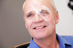 Cataract surgery recovery time off work